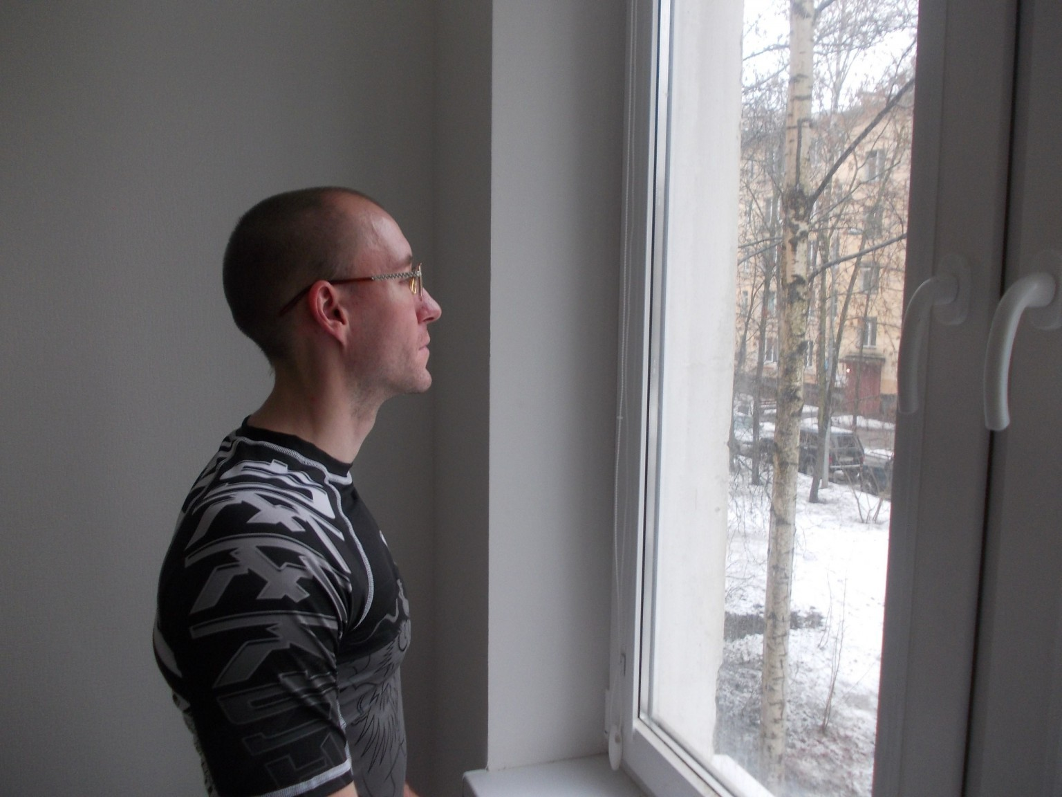Виктор Халезов
